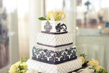 Elegant Wedding Cake / by Diane Castro