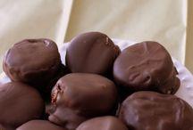 frozen chocolate fruits