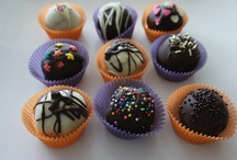 Cutie Bites / My creations...vanilla,chocolate and red velvet cake balls,cake Pops and more!! / by Mariana Ojeda