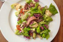 Salat med kød