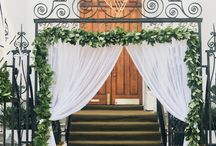 Green Weddings / Everything we like about using the color green at weddings!