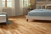 Hardwood Floors / When it comes to bringing the richness and beauty of nature indoors, it's nearly impossible to beat the sophisticated aesthetics and warmth of real hardwood flooring. Better still, they never go out of fashion!