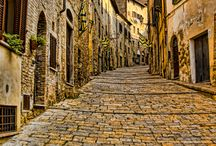 How others see us :-) / As travelers live Volterra. The places and the images that best represent us.