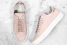 //Shoes in nude / Zeigt her eure Schuhe! Vom Sneaker bis zur Sandale - diese Saison sind Nude- und Pastelltöne gefragt!