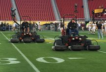 Super Bowl 50 / Behind-the-scenes with the NFL grounds crew in preparing the field for #SuperBowl50
