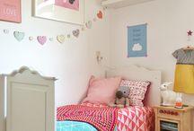 La habitación de Adriana y Dario / Inspiración para una habitación infantil y un espacio de juegos.