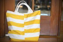 Handbags / by Lisa Pomares