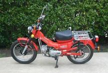 Mopeds/Motorcycles / by Halin Vig