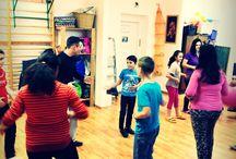 Charity dance coaching / The Foundation of Happy Helpers (Vidám Segítők Alapítvány) and the YourSunnySide have presented a special dance program for the inhabitiants of Rest-house Foundation Temporary Family Home (Menedékház Alapítvány).