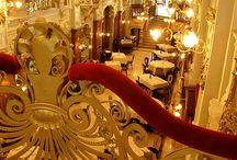 Ungarn: Cafés / Berühmte Kaffeehäuser und kleine Cafés in Budapest und dem restlichen Ungarn.