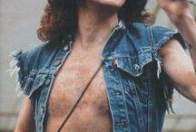 Bon, AC/DC
