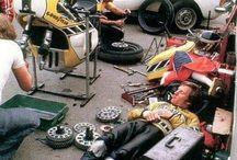 Vintage moto racers