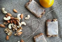 granola bars, larabars, etc / by Hayley Nicole