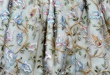 výšívka-šaty