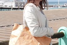 Bo-borsa at the seaside / Eva from Germany with one of our rope handle bags in Brighton, England last weekend #tyvek #totebag #holiday