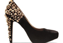 SHOE- A- HOLIC / A GIRL'S BEST SOLE MATE!!! / by Deon C