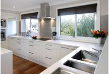 Kitchens / by Lisa Taylor