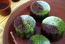 Mooncake Recipes / Baked and Snow-skin mooncakes