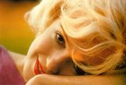 MARILYN / They ask me what i wear to bed,Chanel #5 of course:Marilyn Monroe