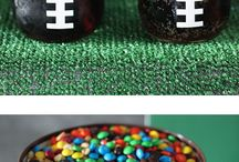Superbowl Party Ideas / Easy to make and trendy Superbowl party decoration ideas