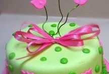 LONDYN' S  CAKES..... / by Lar Sharon Clark