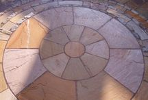 Paving circle features / Circular paving feature ideas for all types of garden landscapes