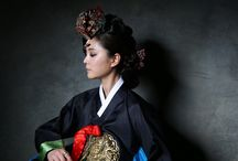 Costumes & people around the world