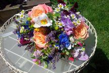 A little summer wedding / natural, easy going wedding flower ideas