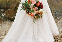 Fall Weddings / fall weddings, holiday weddings, halloween, pumpkins, leaves, fall brides, cider, wood, rustic, weddings