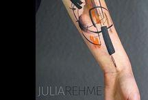 Tetovania na ramenách a rukách