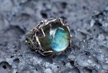 Labradorite jewelery