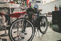 FIRCE - MÁQUINA DO TEMPO COM WOLF HERO / FIRCE - MÁQUINA DO TEMPO COM WOLF HERO .. Participação da Bicicleta Motorizada Wolf Hero no O Conde Barbearia - Parabéns a toda equipe #krepe #ocondebarbearia #conde #sucesso #wolfHero #barbearia #jundiai #wolf #hero #bicicletamotorizada #retro #vintage #4tempos #4T #mogoga #orion #designer #firce #comunicaçãovisual #grupofirce #familia #tradição #bike #fé www.wolfhero.com.br