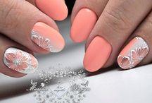 Nails - Peach
