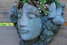 sochy  v záhrade