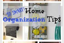 Organization for Busy Moms / Organized mom here we come! Enjoy our collection of organization tips for busy moms, where you'll discover free printables, calendars, planners and organization hacks to keep your family sane.