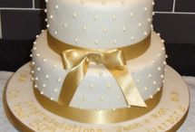 Parents golden wedding cake