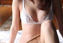 mai kamuro / 神室舞衣