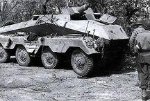 WW2 - SDKFZ 233 / Sd.Kfz. 233 Schwerer Panzerspähwagen 75mm - 4-osiowy rozpoznawczy samochod opancerzony uzbrojony w krótkolufową armatę 7,5 cm KwK 37 L/24.