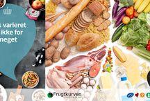 Kostråd - de 10 officielle / Her finde du de 10 officielle kostråd fra Fødevarestyrelsen og Frugtkurven.  For hvert kostråd finder du nemme læsninger til en sundere hverdag, konkrete og enkle råd samt massevis af spændende og lækre opskrifter.  Rigtig god fornøjelse.