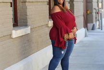 Plus Size Casual Outfits / Casual Fashion outfits for curvy and plus size women.  Plus size outfit ideas, and casual plus size fashion.  Wear to work or wear on the weekend.