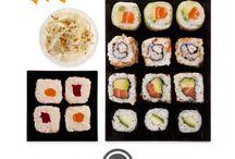 Univers Japon / Réputée bonne pour la santé, la cuisine japonaise est devenue, en quelques années, incontournable. Très visuelle et minimaliste, elle se regarde avant d'être dégustée. Un véritable voyage des sens. Poisson, riz, légumes ou algues sont ainsi magnifiés sous forme de petits rouleaux ou tranches savoureuses que l'on s'amuse à attraper avec des baguettes.