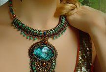 necklaces & bracelets DIY