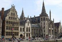 Gent / Gent is één van mijn favoriete steden in België. En wat mij betreft is Gent een geweldige bestemming voor een stedentrip. Je kunt allerlei handige en praktische tips vinden over Gent in mijn CityGuide, maar op dit board vind je nog veel meer inspiratie voor een weekendje Gent. http://mooistestedentrips.nl/stedentrip/gent