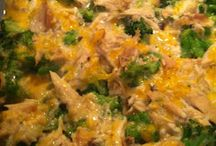 Recipes - Chicken / by Amanda Arnesen Hinton