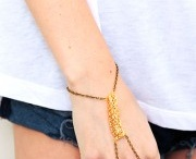 Accessories Galore! / by Alexandria Gil
