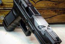 Broń - pistolety