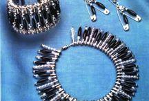 Safety pin braclet