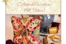 Pin Cushions / Lots of lovely pin cushion ideas
