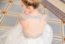 Collection Troisième / Un farandole de robes longues et courtes en dentelles et tulles brodés .
