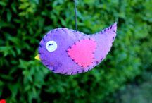 Lovely birds / Beautiful birds made of felt.